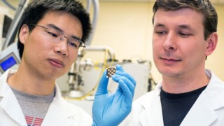 New Nano-Particle Makes Solar Cells Cheaper