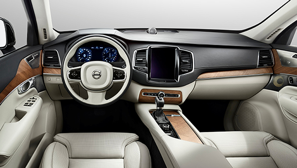 Volvo XC90 To Feature 2 World-first Safety Features