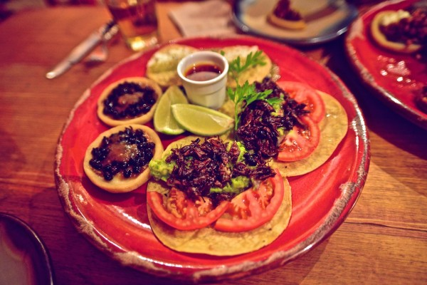 8 Tips To Finding A Good Restaurant While Traveling