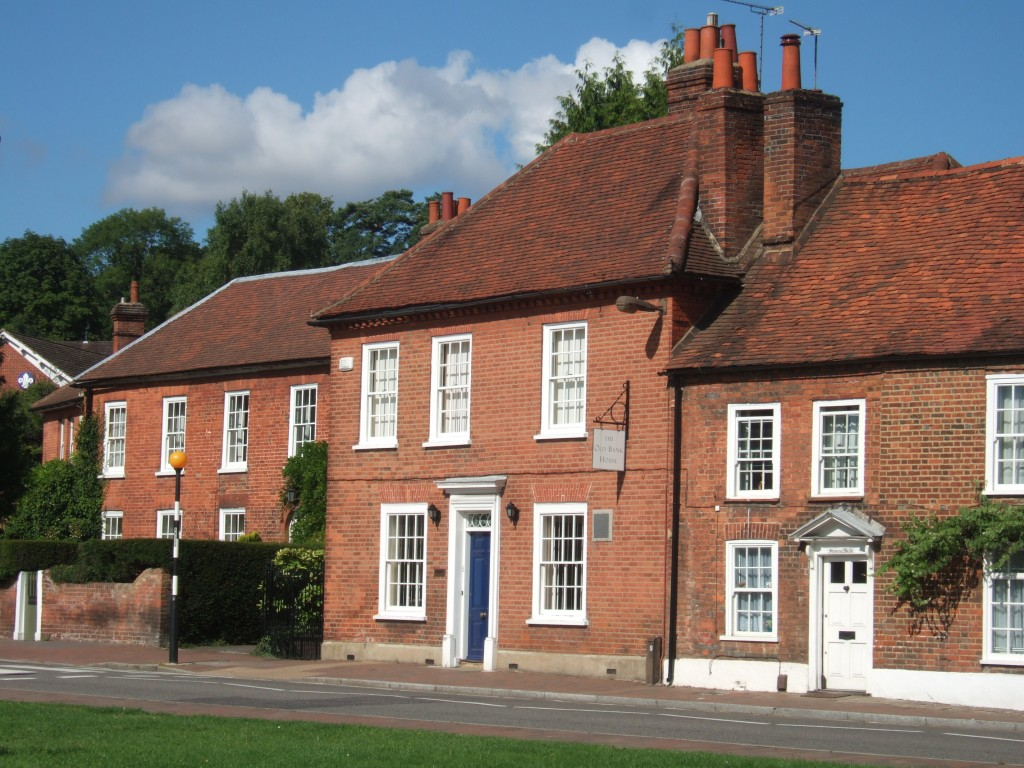 How To Make A Better Deal Of Selling Home In UK
