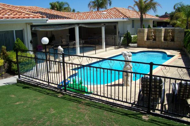 5 Things That You Must Know About Frameless Glass Pool Fences