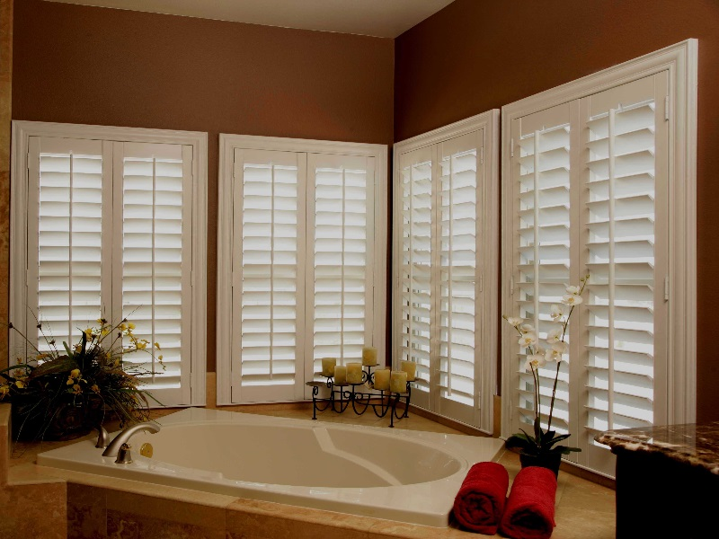 Plantation Blinds: Best Choice When Decorating Your Home Window