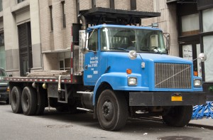 How To Shop For Table Trucks via The World Wide Web