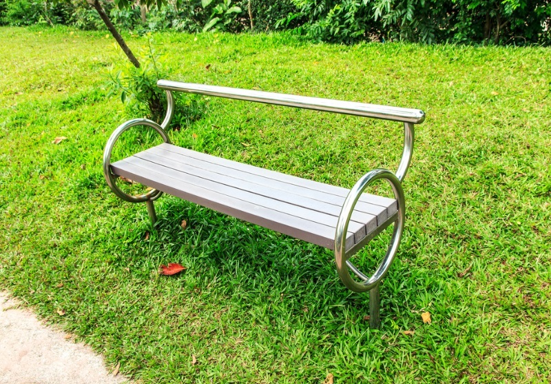Stainless Steel Benches –The Modern Choice For A Modern Outlook and Is Cost Effective