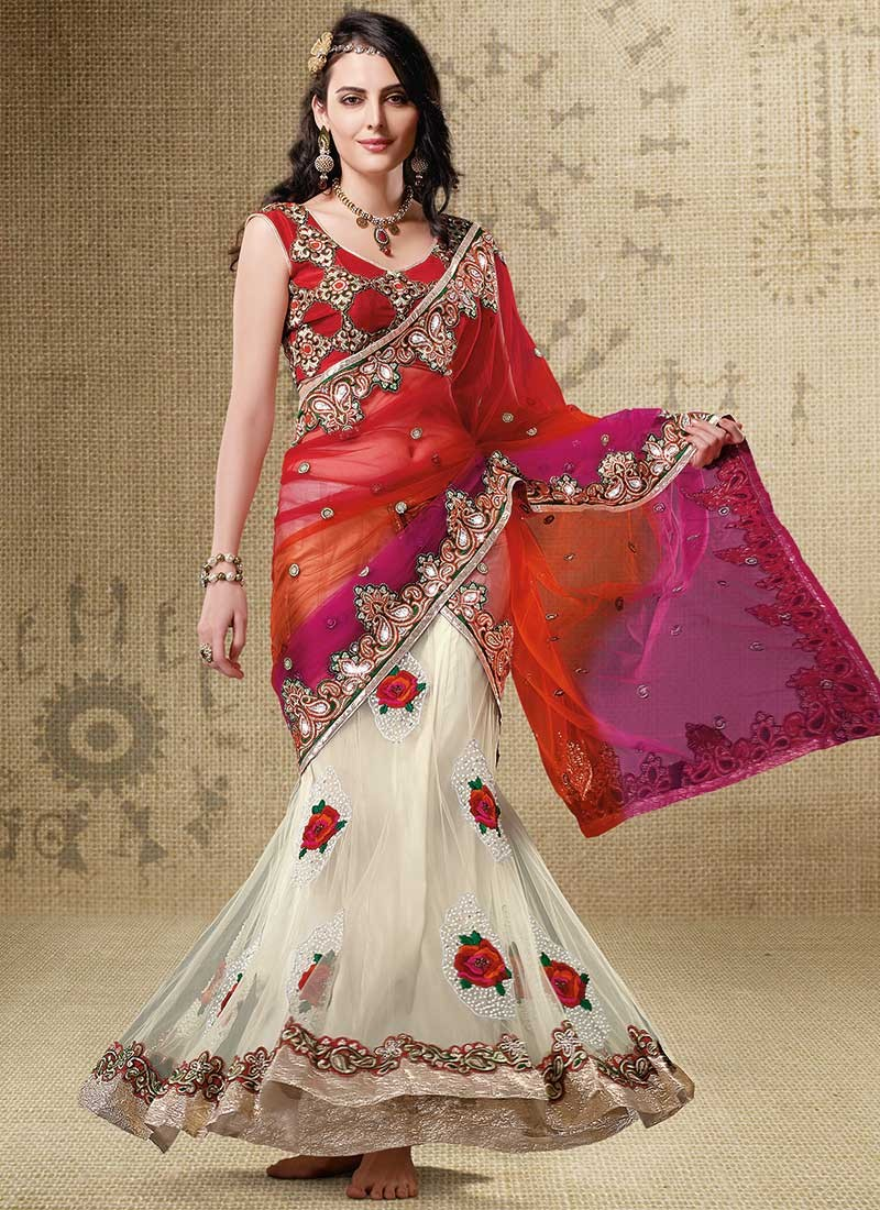 The Fascinating Collection of Sarees Best To Manifest Style