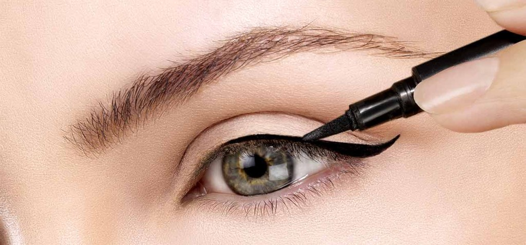 Ways To Make Your Eyeliner Application Perfect