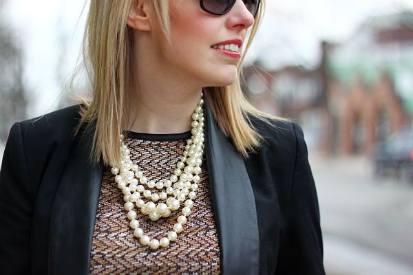 How To Wear Pearls For A Unique Look