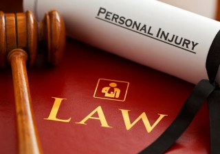 How Does A Personal Injury Lawyer Help You In Court