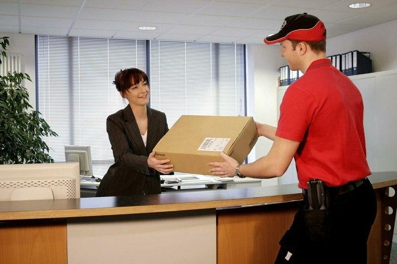 Top Reasons To Select A Courier Firm To Deliver Goods