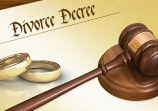 How To Select A Divorce Lawyer