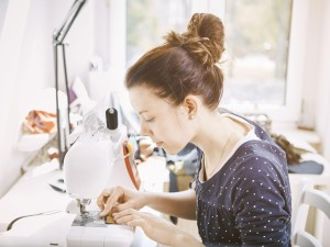 Varieties Of Fashionable Stitches With Contemporary Sewing Machines