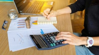 4 Ways To Save On Office Expenses
