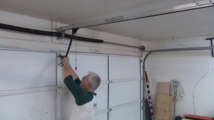 Tips To Hire Mississauga Garage Doors Repair Companies