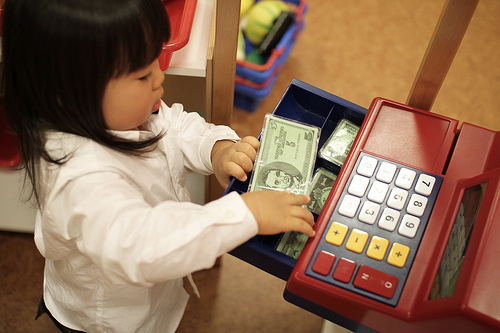 3 Ways To Teach Your Kids The Value Of Money