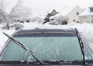 Your Guide To Treating A Cracked Windshield In Winter