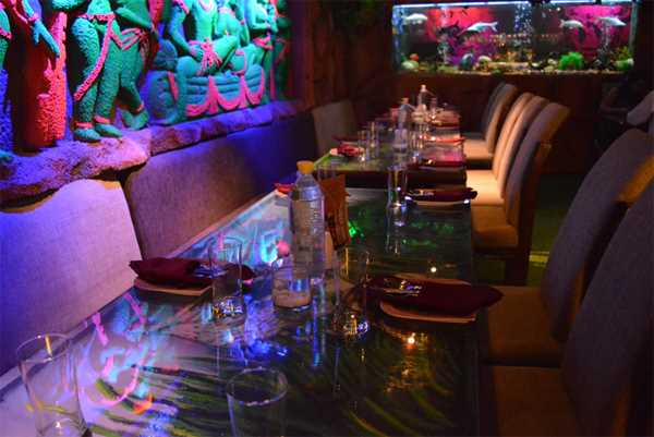 5 Delhi Restaurants To Book For Your Valentine's Day Lunch Date