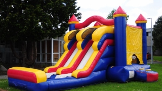 Benefits Of Hiring Bouncy Castle At Your Event
