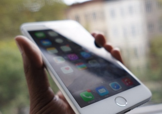 8 Unusual Uses Of An iPhone Spyware [Spoiler: They are amazing!]