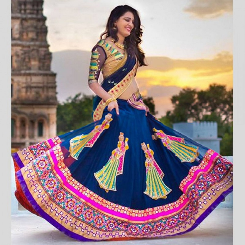 Types Of Designer Lehengas' Blouses That You Just Can't Miss