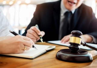 litigation lawyers in perth