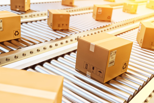 Why Should Small Businesses Outsource Their Courier Services