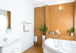 The Choice Between Baths or Showers: Which Is Better?