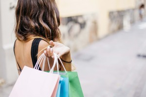 10 Ways to Stop Overspending On Clothes