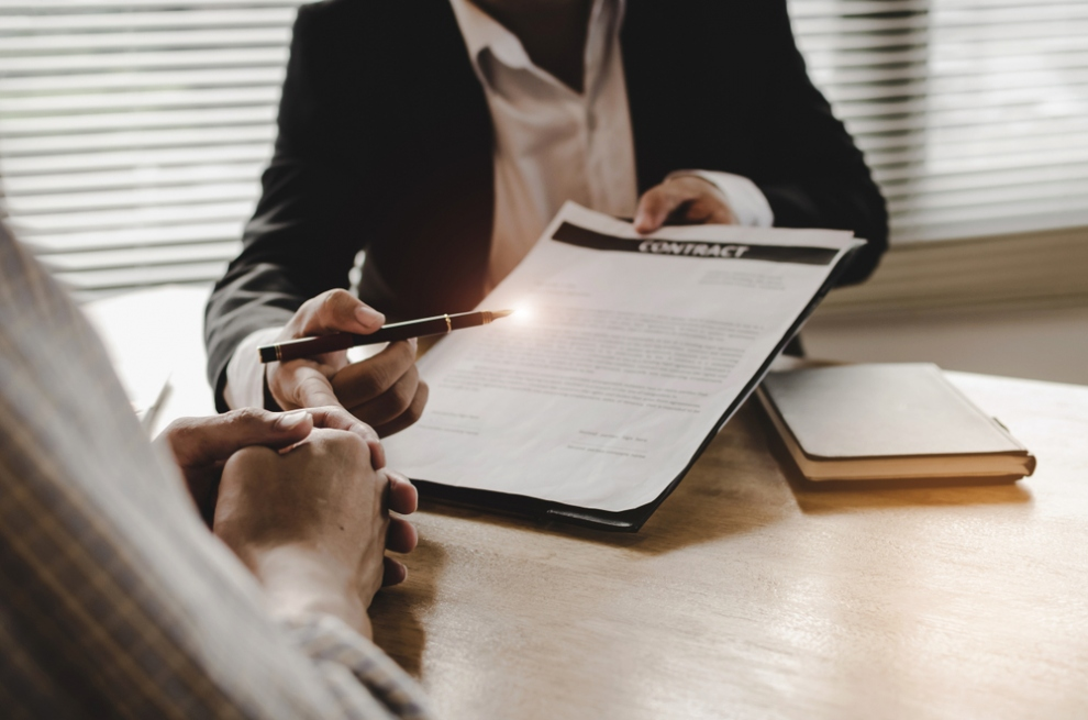 Choosing the Best Commercial Litigation Solicitors