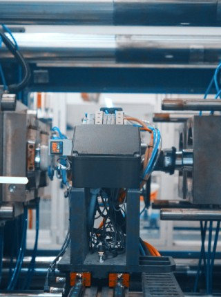 Hot Runners In Injection Molding: Simply Explained